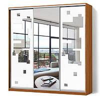 Шкаф-купе Классик трехдверный, зеркало с рисунком пескоструй на две двери