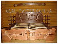 Кровать из дерева ручной работы