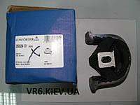 Подушка двигателя передняя VW T5 2.5TDI 7H0199848D LMI