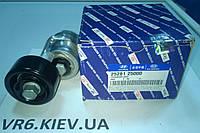 Ролик з натягувачем ременя генератора HYUNDAI ix35, Tucson, Sonata, Santa Fe 25281-25000, фото 1