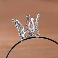 Корона на обруче серебряная со стразами