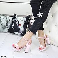Босоножки женские на каблуке пудра 9648
