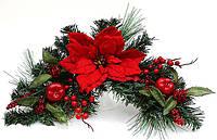 Новогодний декор из искусственной хвои с пуансеттией и ягодами, 60см 128-F124