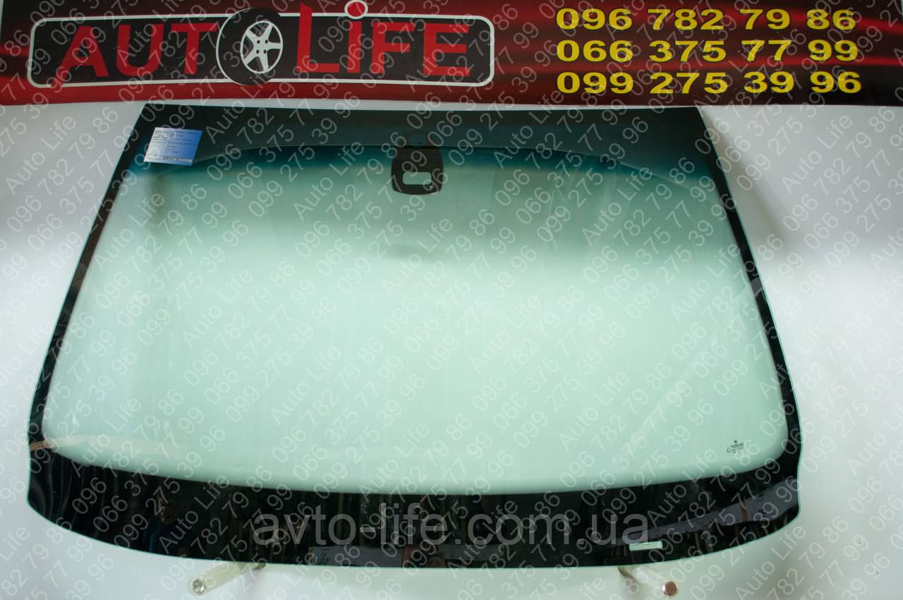 Лобовое стекло BMW 5 E39 с местом под датчик дождя Автостекло БМВ 5 Е39