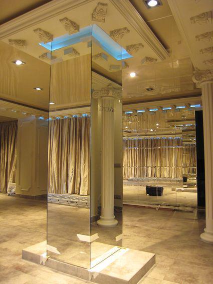 Зеркальные колонны