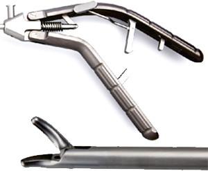 Лапароскопический иглодержатель с титановой V-образной ручкой и изогнутым влево наконечником, 5х330 мм