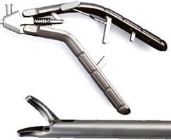 Лапароскопічний голкотримач з титановою V-подібною ручкою та вигнутим уліво наконечником, 5х330 мм LPM-0706.2