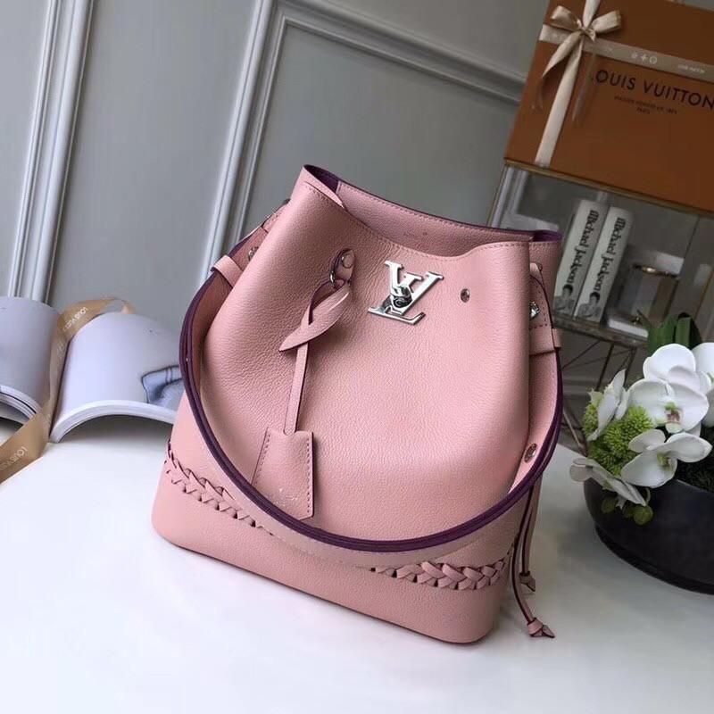 Женская сумка Louis Vuitton с плетением