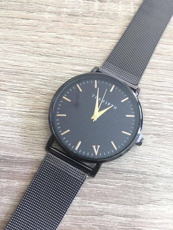 Купить наручные Часы The Fifth black код (38744) оптом по цене    4 ... 6fd2184c4fa98