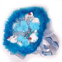 Букет из мягких игрушек Котики 3 с розами голубой