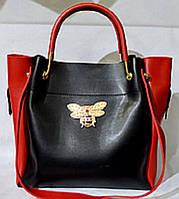 Женская сумка с косметичкой  Гуччи  с металлическими ручками 28*26