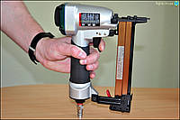 Пневмопистолет EZ-Fasten 92-25AC (скобы 12 - 40 х 8,7 мм)