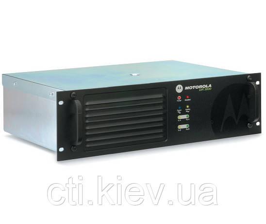 Motorola DR3000 MOTOTRBO Repeater 25W