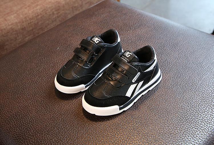 Стильні кросівки на липучку для хлопчиків   продажа dac1f77455424