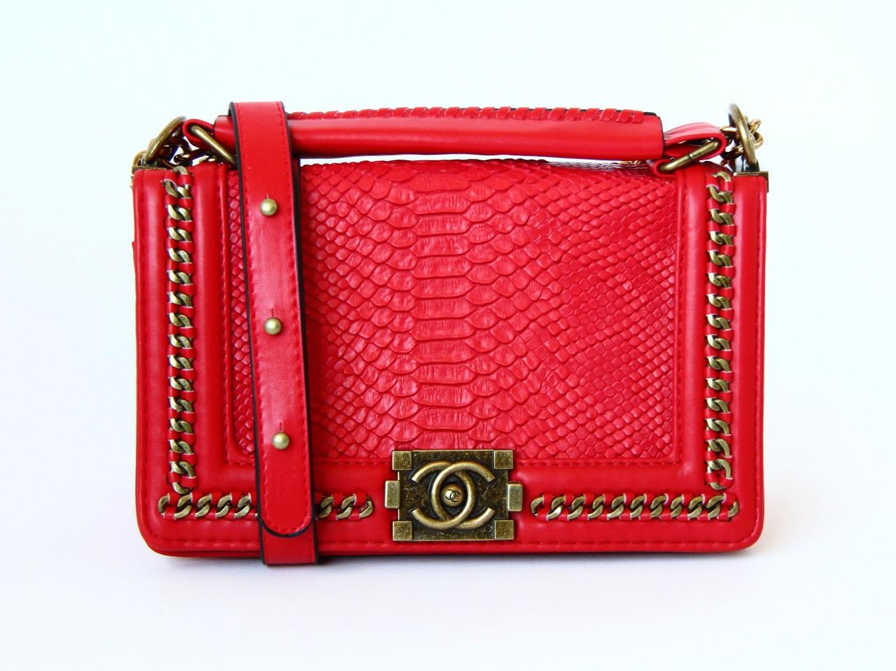 Сумка на плечо копия красная Chanel Boy ( Шанель Бой), цена 1 450 ... cb2cf45fdbb