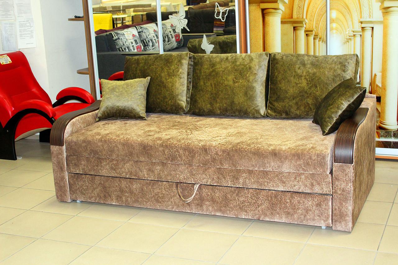 Раскладной диван со спальным местом