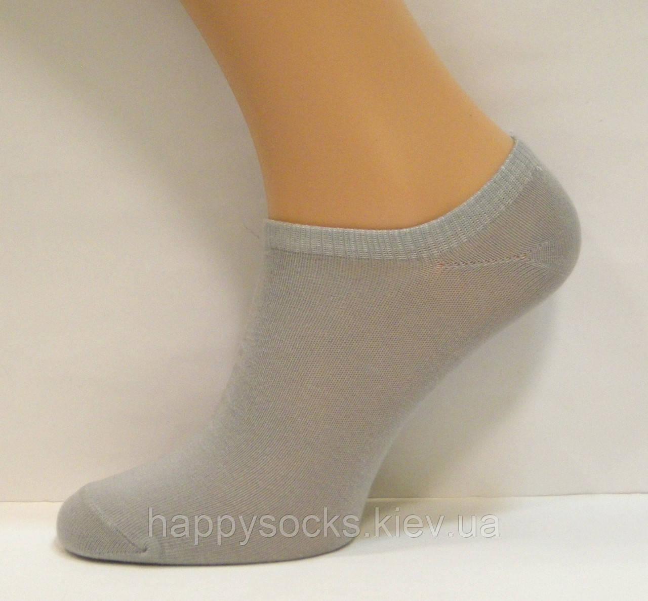 Низкие женские носки серого цвета
