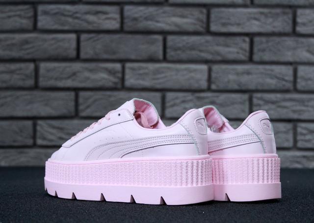 Кроссовки женские на платформе нежно розовые модные Rihanna x Puma Fenty  Cleated Creeper 48dd2f0872d