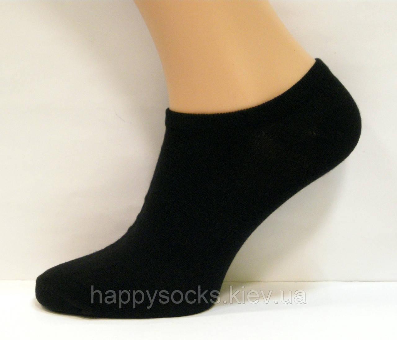 Короткие носки для мужчин черного цвета