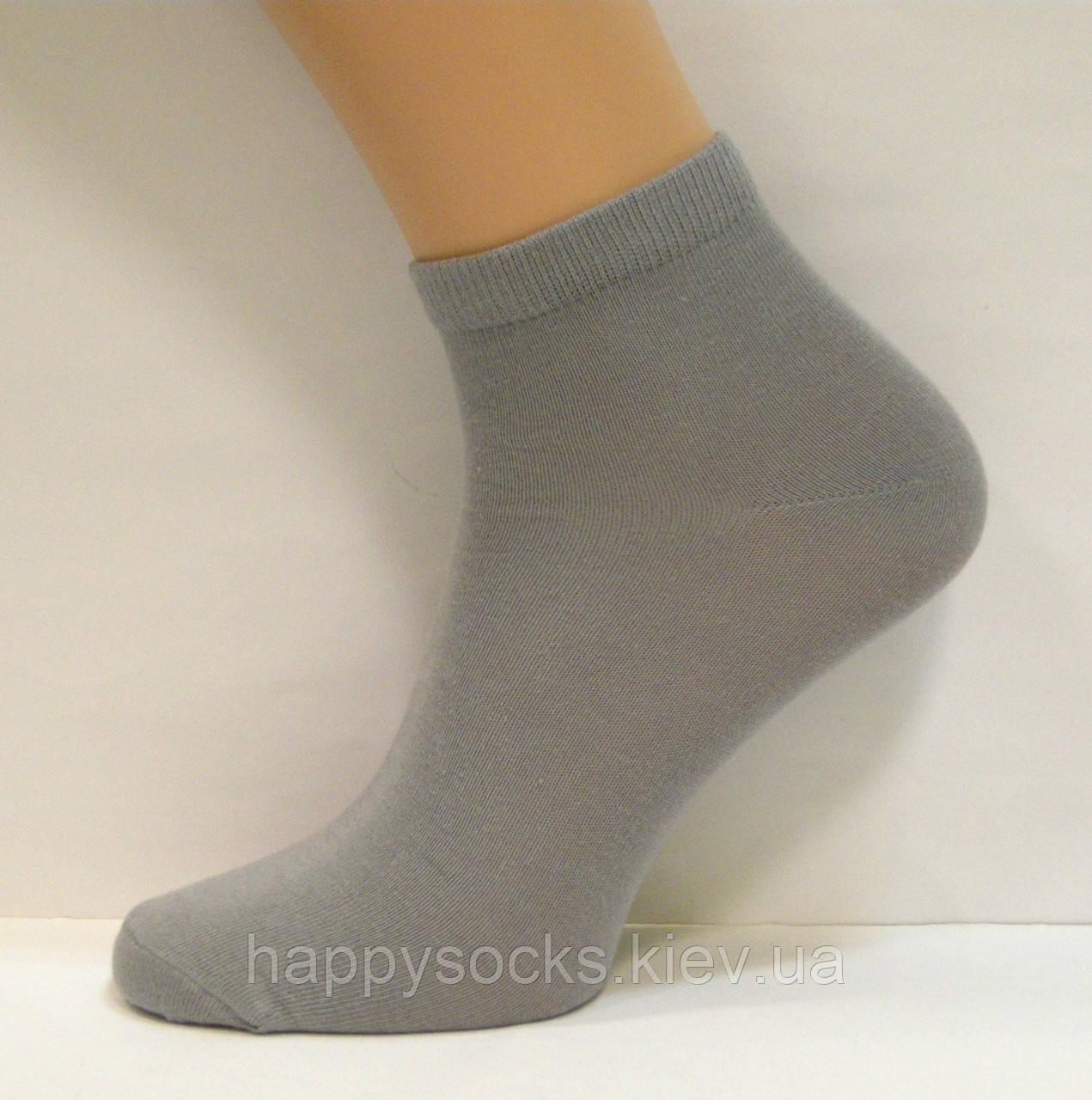 Мужские носки укороченные серого цвета