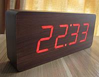 Часы электронные настольные 1294 под дерево (красная подсветка), фото 1