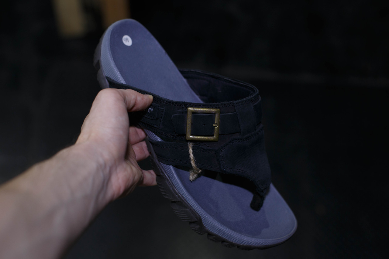 Кожаные мужские шлепанцы A-WAIT