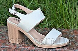 Босоножки на каблуках женские качественные светлый беж с перламутром (Код: 1192)