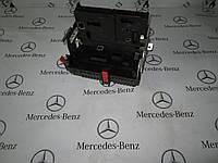 Блок SAM предохранителей и реле задний MERCEDES-BENZ W221 s-class (A2215402550)