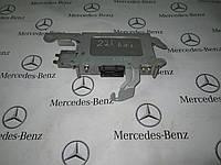 Блоки управления и реле в багажнике MERCEDES-BENZ W221 s-class (A2215453340)