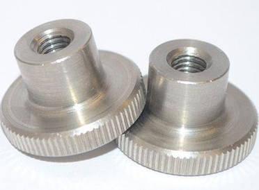 Гайка М3 нажимная с накаткой DIN 466 (рифленная), высокая из нержавеющей стали