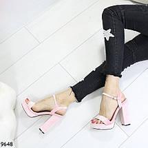 Розовые босоножки на каблуке, фото 2