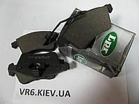Колодки передние Audi A6 97- 4B0698151A