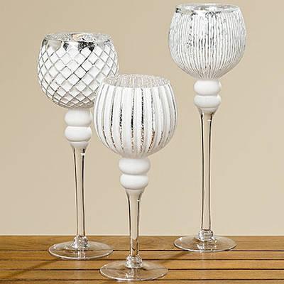 Набор стеклянных подсвечников 3 шт белое стекло h 30-40 см