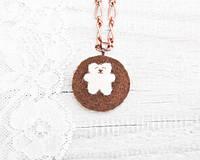 Кулон ручной работы Медведь белый на коричневом войлоке, фото 1