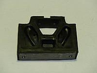 Подушка опоры двигателя Т-150 боковая (150.00.075)