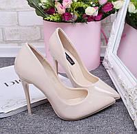 Очень красивые элегантные лаковые туфли-лодочки