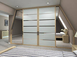 Встроенный шкаф в мансарду
