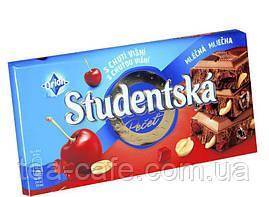 Шоколад Studentska молочный с арахисом и кусочками вишневого желе, 180 гр. Чехия