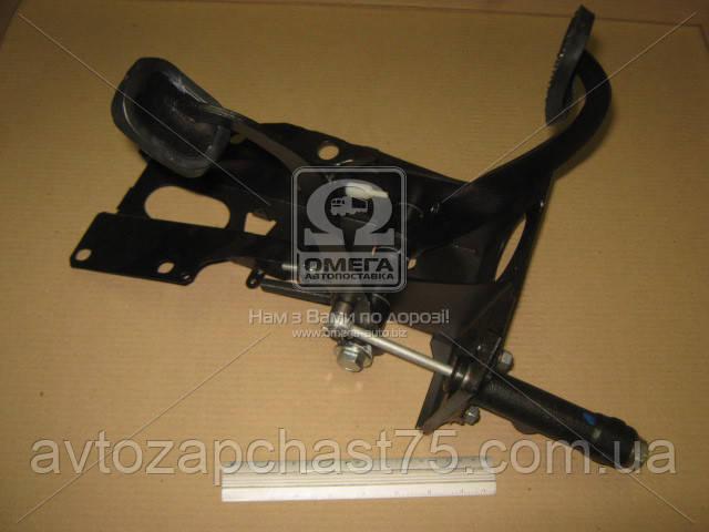 Блок педалей Ваз 2101-2107 с главным цилиндром сцепления и выключателем света заднего хода (Россия)