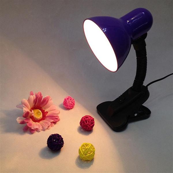 Настольная лампана прищепке