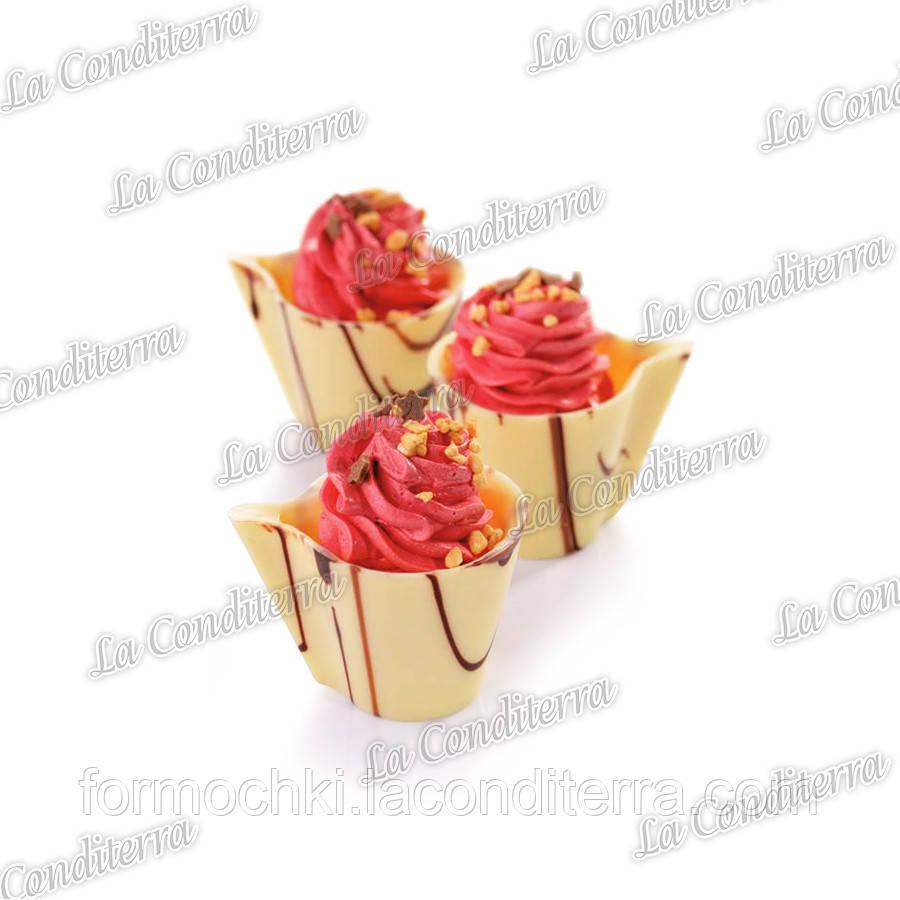 Поликарбонатная форма для шоколадных конфет MARTELLATO 20GU005