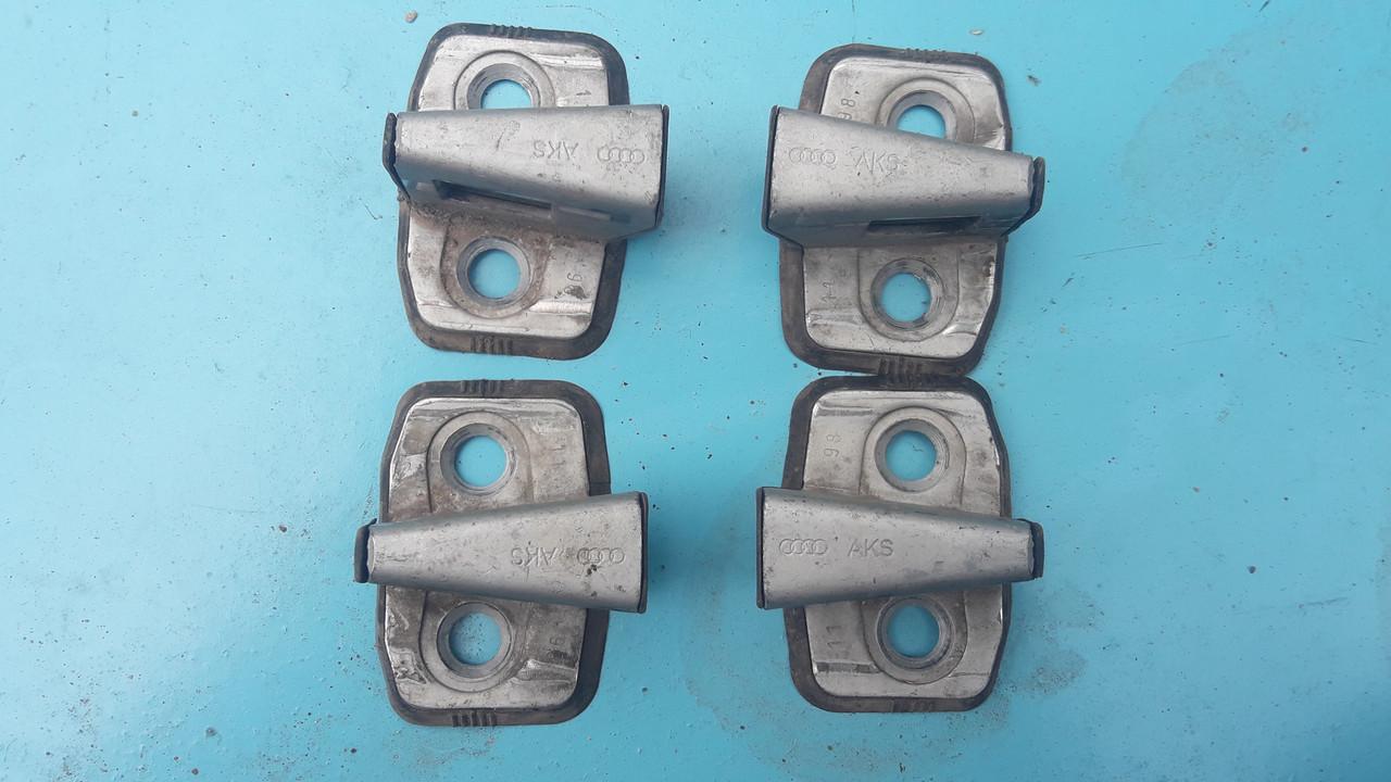 Ответная часть петля замка двери ответка стопорный клин audi a4 b5 a6 c4