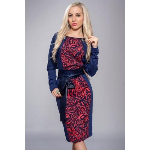 Платье с узором и атласным поясом