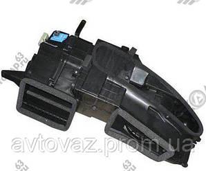 Корпус отопителя, печки HaLLA ВАЗ 2170, ВАЗ 2171, ВАЗ 2172 Приора с кондиционером