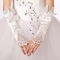 Нарядные свадебные митенки (перчатки без пальцев) белого цвета, с бантами, кружевом и стразами