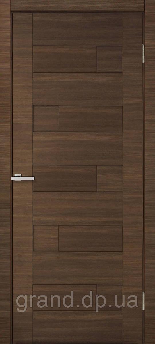 Двери межкомнатные Омис Домино ПВХ глухая, цвет дуб amber line R