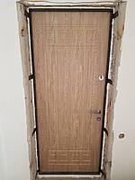 Вхідні двері з внутрішнім відкриванням