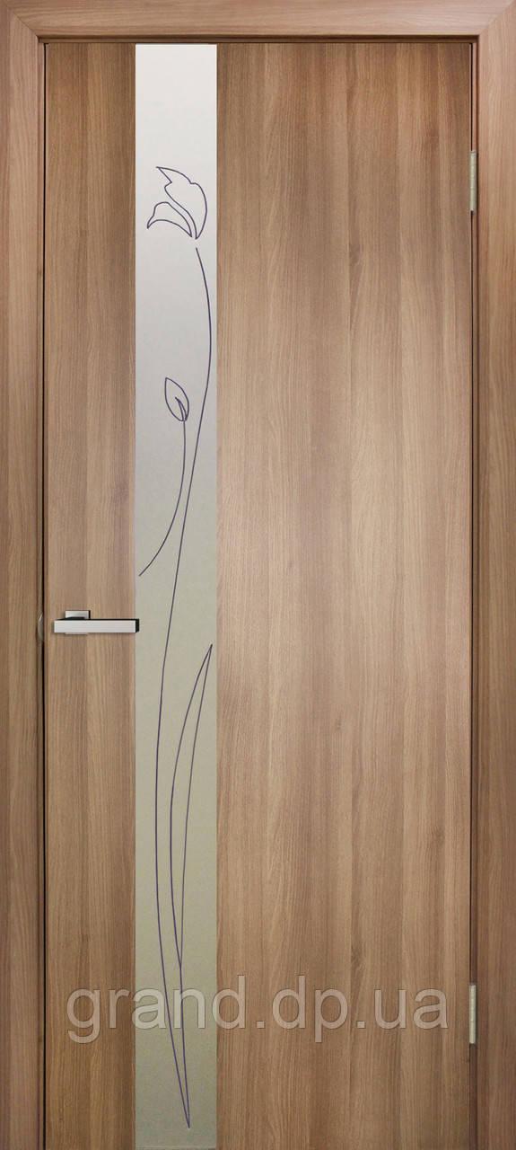 Двери межкомнатные Зеркало 3 ПВХ КР со вставкой стекла с контурным рисунком, цвет дуб золотой