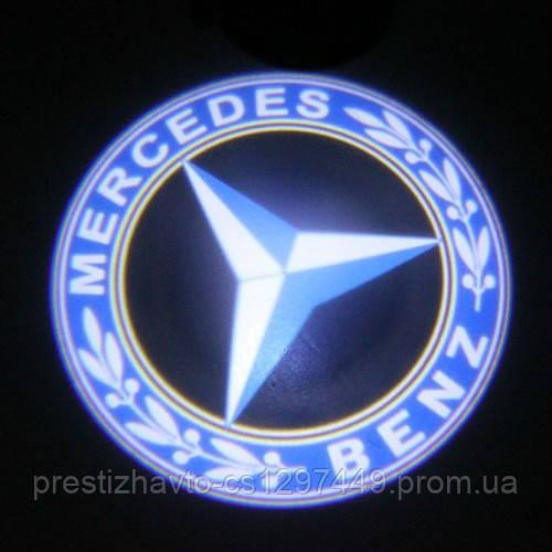 Диодная подсветка дверей с логотипом авто  Mercedes