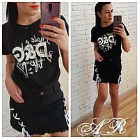 Женская чёрная футболка с надписью